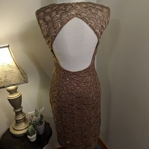 Sue Wong Dresses - Sue Wong Sequin Gold Dress Size 4